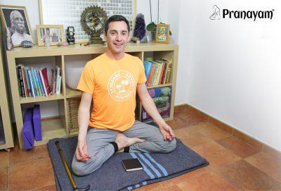 sesión pranayama y meditación